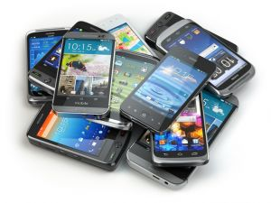 What can be recycled in a mobile phone?