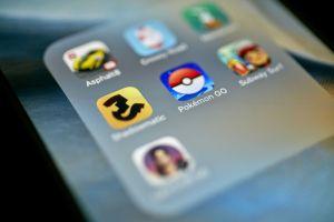 adroid iphone pokemon app