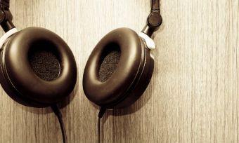 headphones hanging