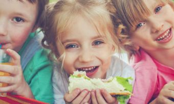 How to get your children to eat healthily