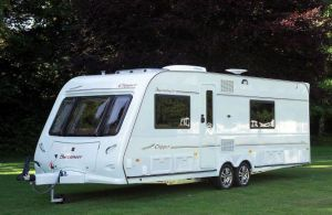 campervan vs caravan