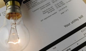 EnergyAustralia scraps paper bill fees