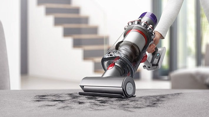 Dyson V10 cost