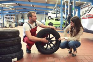 looking at tyres