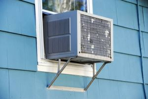 Window-Mounted Air Con