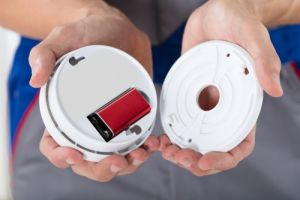 Smoke Alarms Buying Guide | Types & Brands – Canstar Blue
