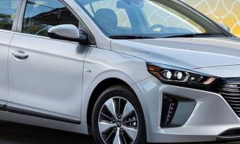 Hyundai Ioniq Plug-In Hybrid Reviewed