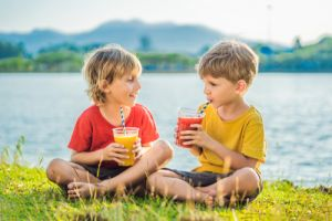 boys drink healthy smoothies