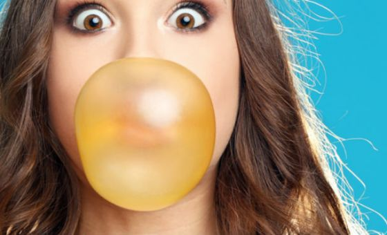 Blowing bubblegum