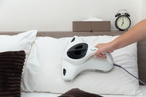 Steam cleaning pillow