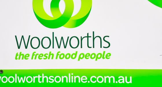 Coles woolworths supermarket home online deliveries shopping coronavirus