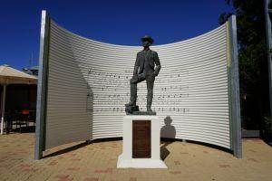 Waltzing Matilda Statue