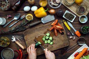 Kitchen cutting veggies