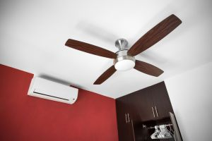 Ceiling fan with aircon