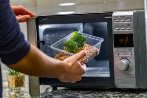 Buying a microwave or benchtop oven