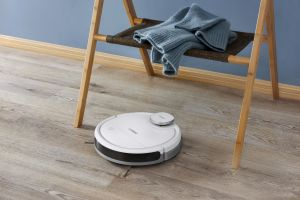 Ecovacs Deebot Ozmo 900 robot cleaner