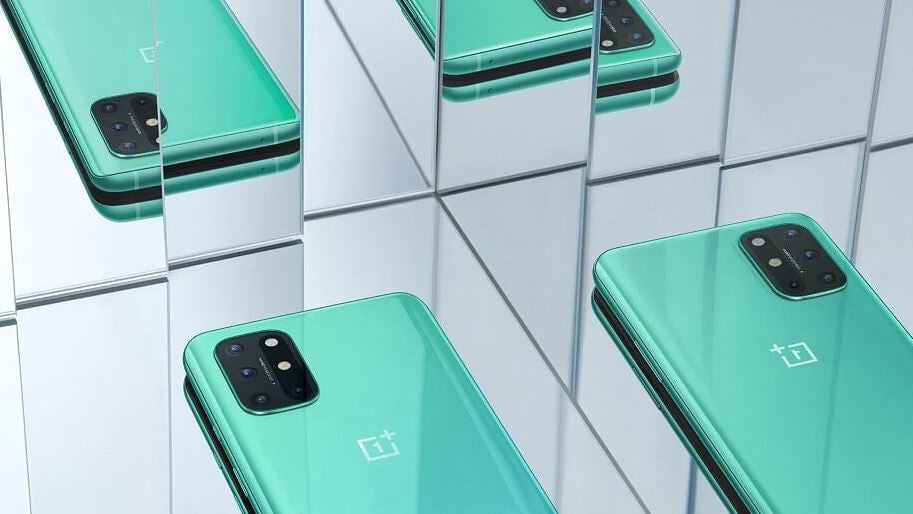 OnePlus 8T green mirror image