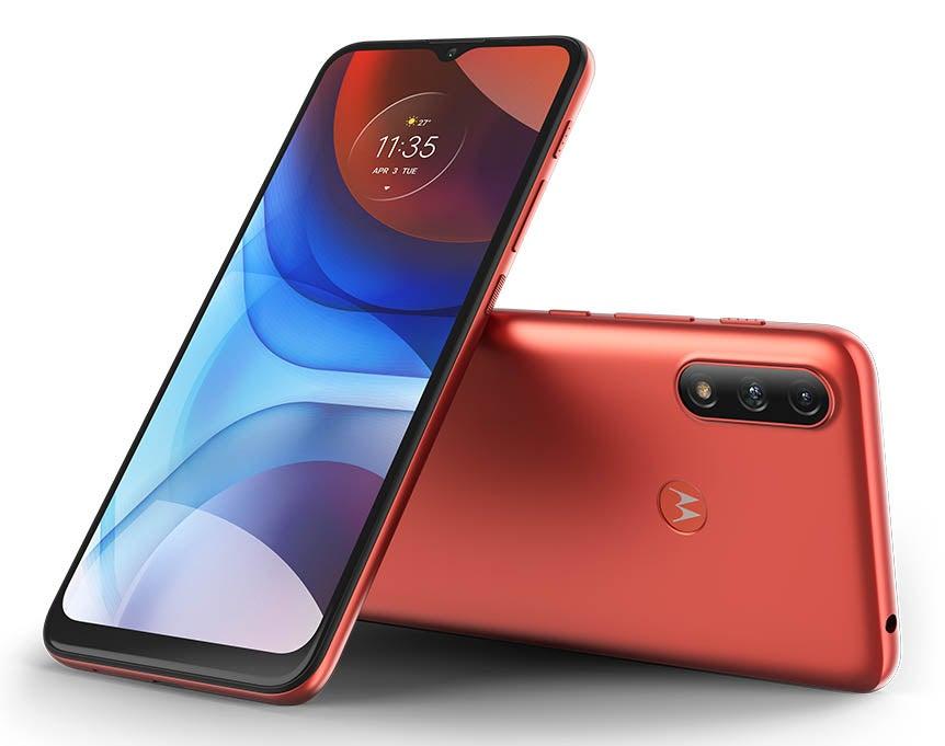 Motorola Moto e7 Power in red
