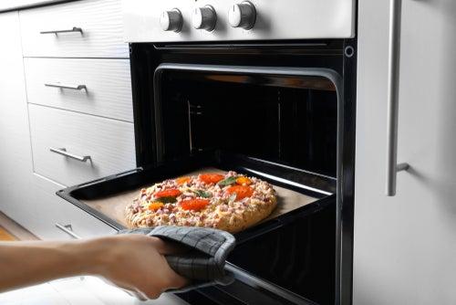 Frozen pizza compared
