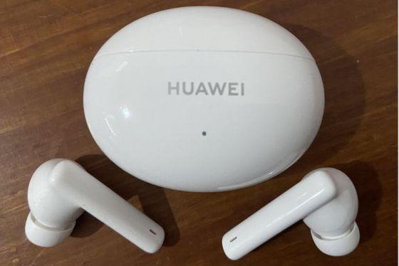 The Huawei FreeBuds 4i