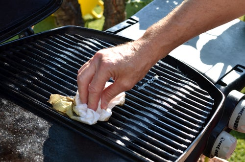 How to clean BBQ
