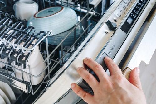 What is the best dishwasher detergent