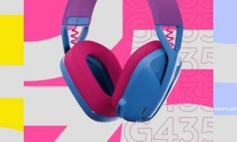 The three logitech G435 headsets in different colours