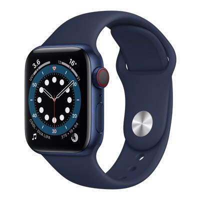 Apple Watch Series 6 in navy