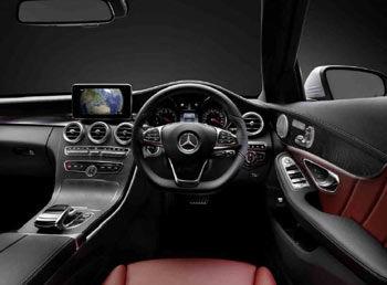 Mercedes Benz C-Class Touchpad: Innovation Award Winner