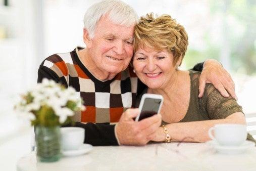 elderly guide to social media