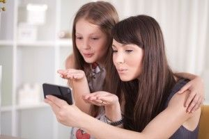 kids and smartphones