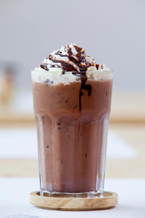 Milkshakes, frappuccinos and ice chocolates